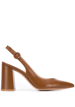 Gianvito Rossi Agata sling-back pointed pumps - Brown