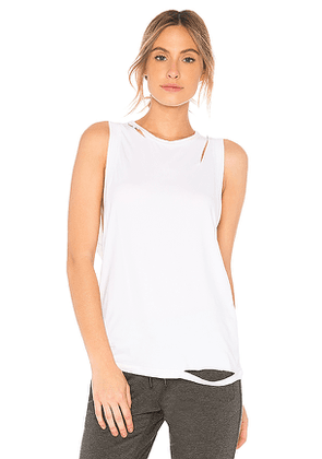 ALALA Carve Tank in White. Size M.