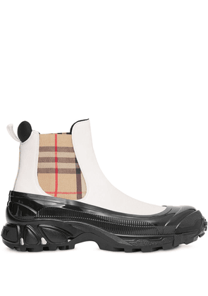 Burberry Vintage Check detail chelsea boots - White