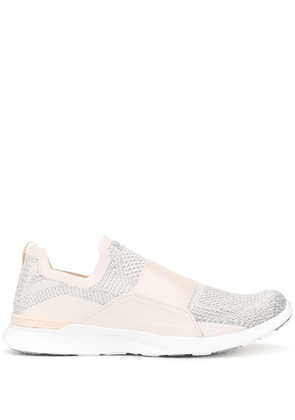 APL: ATHLETIC PROPULSION LABS Techloom Bliss sneakers - SILVER