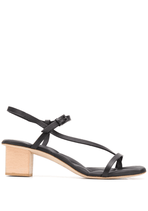 Del Carlo cross strap sandals - Black