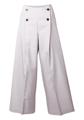 132 5. Issey Miyake cropped buttoned trousers - Grey