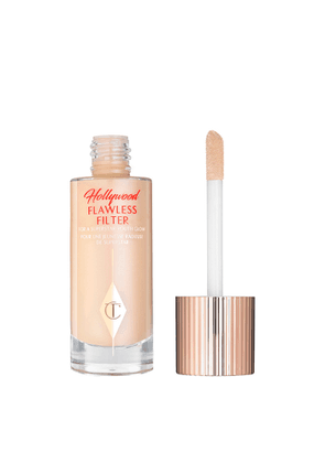 Charlotte Tilbury Hollywood Flawless Filter - Colour 2 Light