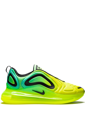 Nike White Air Max 720 World Cup trainers | MILANSTYLE.COM