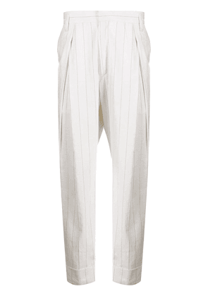 Ann Demeulemeester cropped pleated trousers - NEUTRALS