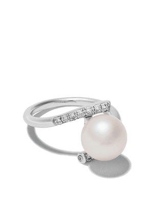 Yoko London 18kt white gold Classic Freshwater pearl and diamond ring