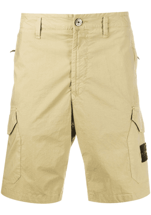 Stone Island logo patch cargo shorts - Green