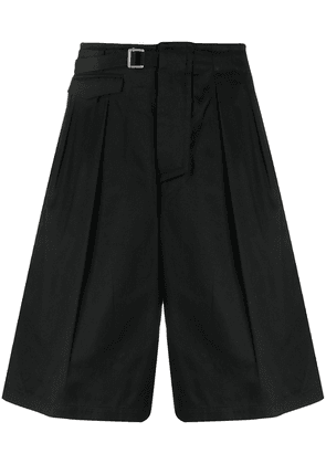 Attachment belted knee-length shorts - Black