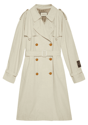Gucci logo-patch trench coat - White