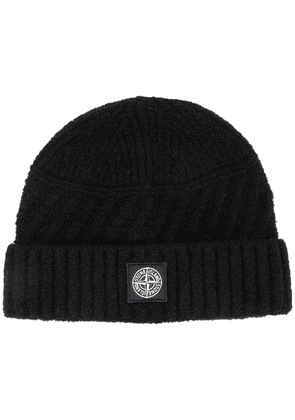 Stone Island ribbed logo patch beanie - Black