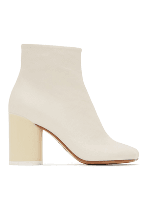 MM6 Maison Margiela Off-White Ankle Boots