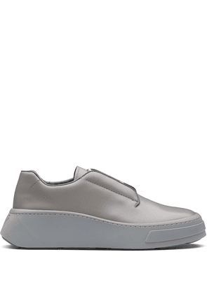 Prada brushed leather Derby shoes - Grey