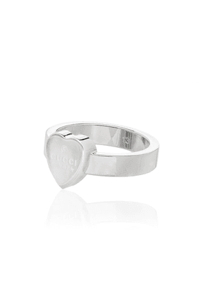 Gucci heart-shaped sterling silver ring