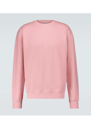 Sweatshirt with reversed sleeves