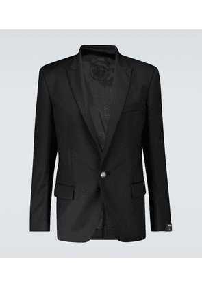 Tailored fit blazer