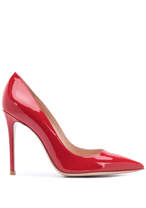 Gianvito Rossi pointed patent-leather pumps - Red