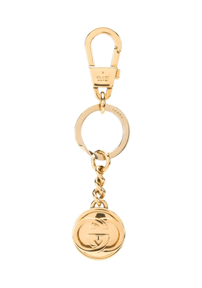 Gucci engraved-logo keychain - GOLD