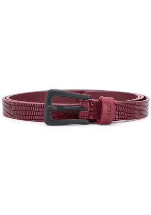 Diesel textured finish belt