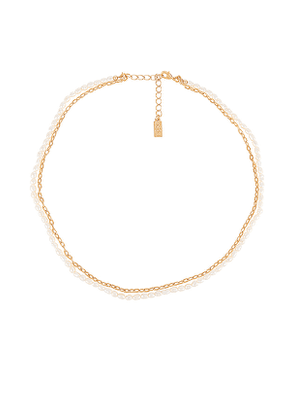CAM Pearl & Chain Necklace in Metallic Gold.