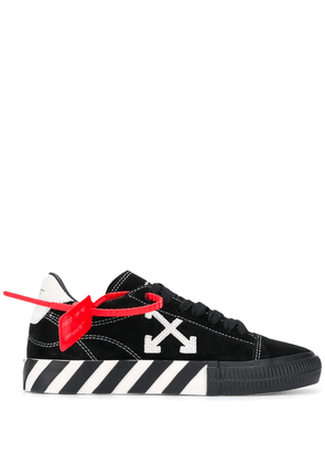 Off-White NEW ARROW LOW VULCANIZED BLACK WHITE
