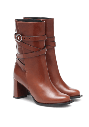 Sporty Elegance leather ankle boots