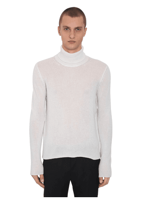 Cashmere Knit Turtle Neck Sweater