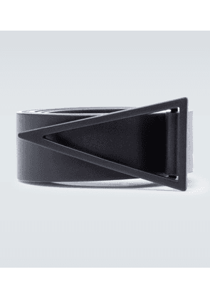 Triangle buckle leather belt
