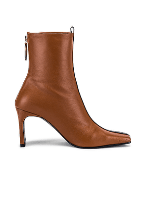 Reike Nen Color Block Trim Boots in Brown. Size 36,36.5,37.5,39.