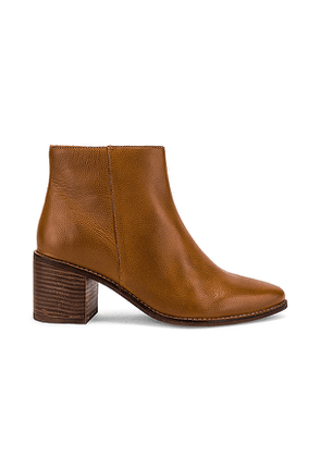 Seychelles For The Occasion Bootie in Tan. Size 6,6.5,7,7.5,8,8.5,9,9.5.
