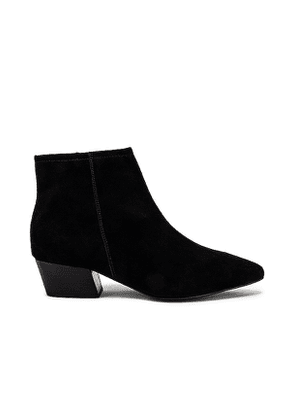 Seychelles What You Need Bootie in Black. Size 6,6.5,7,7.5,8,8.5,9.