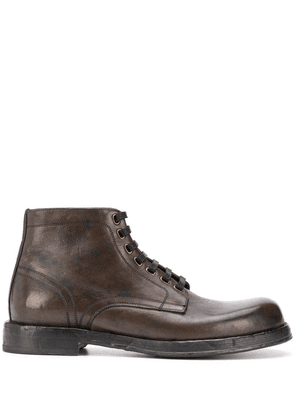 Dolce & Gabbana chunky lace-up leather boots - Brown
