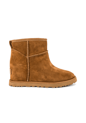 UGG Classic Femme Mini Boot in Tan. Size 6.5,7,7.5,8,8.5,9.