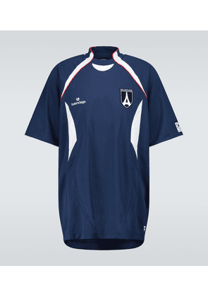 Short-sleeved soccer T-shirt