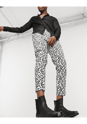 ASOS DESIGN tapered trouser in leopard print-White