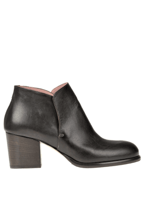 Leather ankle-boots