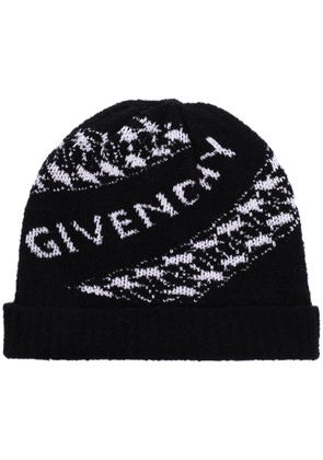 Givenchy chain-logo intarsia-knit beanie hat - Black