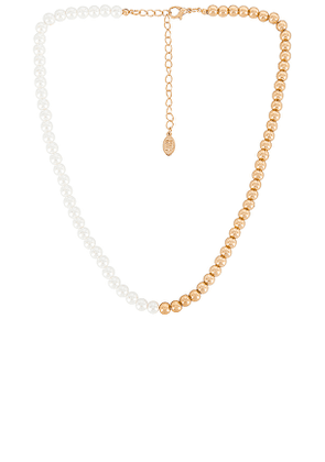 8 Other Reasons Naomi Necklace in Metallic Gold.