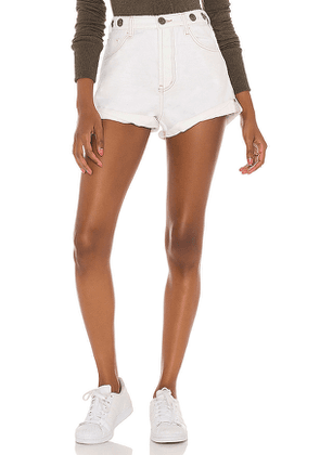 One Teaspoon Studded Bandits High Waist Short in White. Size 23,24,25,26,27,28,29,30.