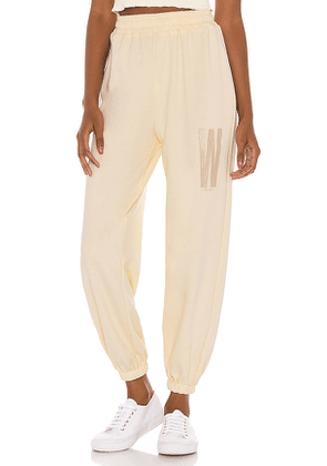 Winter Muse LNGE Jogger in White. Size M,S,XS.