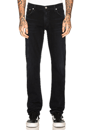 Citizens of Humanity Bowery Standard Slim in Ink. Size 29 (also in 30,31,36).