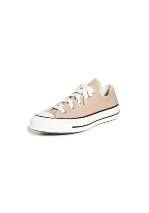 Converse Chuck 70 Low Top Ox Sneakers