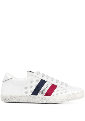 Moncler logo stripe sneakers - White