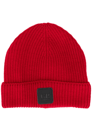 C.P. Company logo-patch beanie - Red