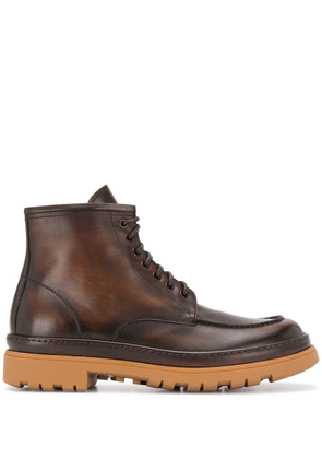 Doucal's leather lace-up boots - Brown