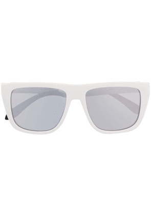Alexander McQueen Eyewear tinted square sunglasses - White