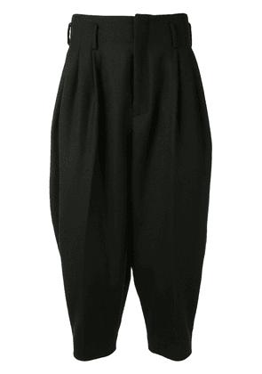 Fumito Ganryu pleated waist trousers - Black
