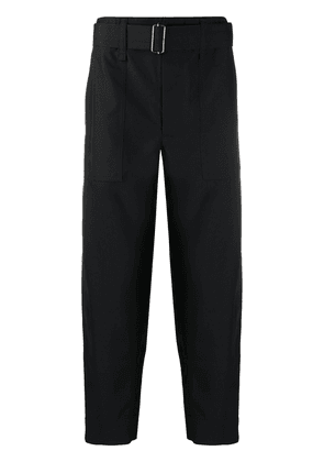 Issey Miyake Men cropped belted trousers - Black