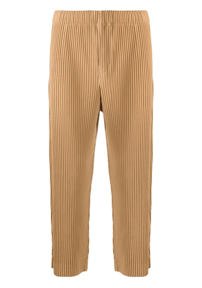 Homme Plissé Issey Miyake cropped pleated trousers - Brown