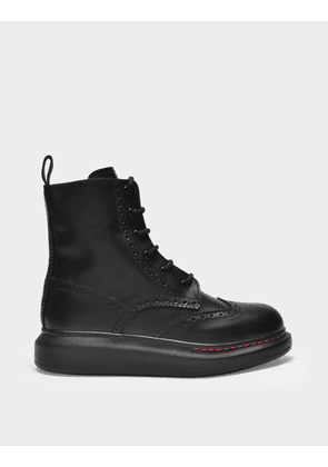 Laced Boots in Black Patent Leather