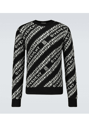 Logo knitted sweater